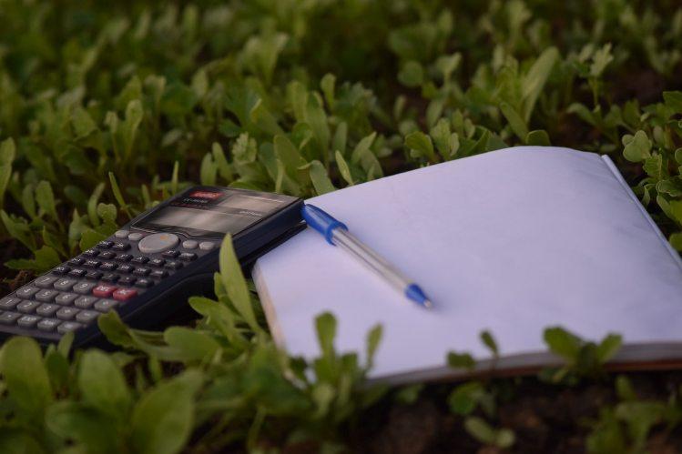 Cómo calcular la base imponible de una factura