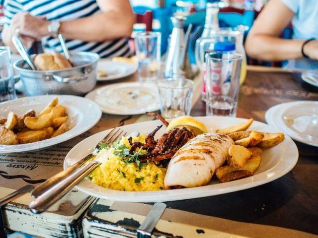 comida, almuerzo, comer, gastos, tiqes restaurante, tuppers